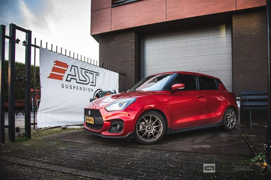 Suzuki Swift Sport onderstel: Autoblog Garage update