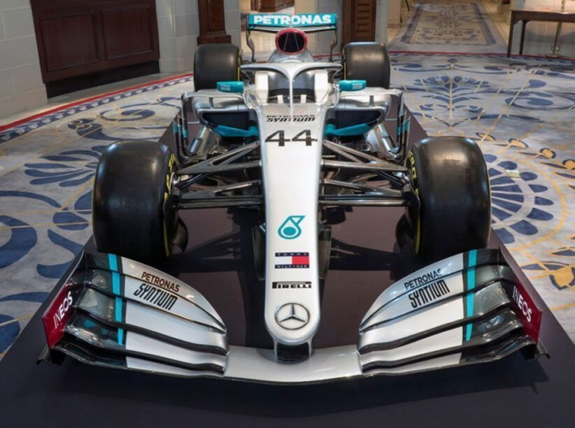 Mercedes onthult nieuwe F1-livery