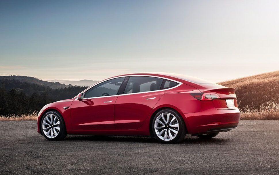 Tesla Model 3 Long Range: elektrische auto met een actieradius van 560 km