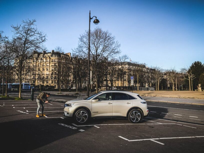 DS7 Crossback duurtest in Parijs