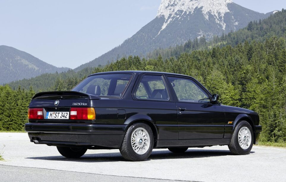 BMW 320is Coupé (E30) '88