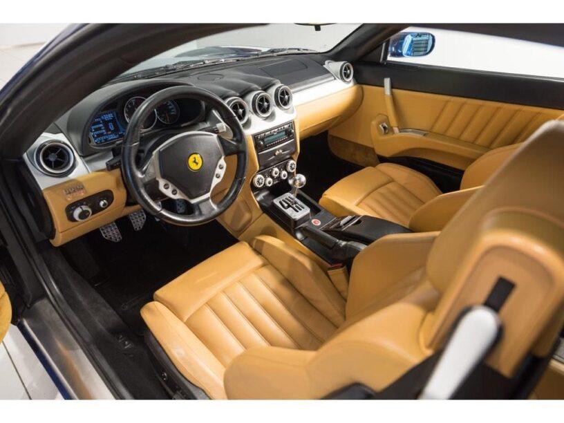 Ferrari interieur