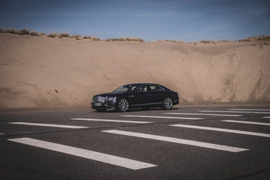 Bentley Flying Spur rijtest