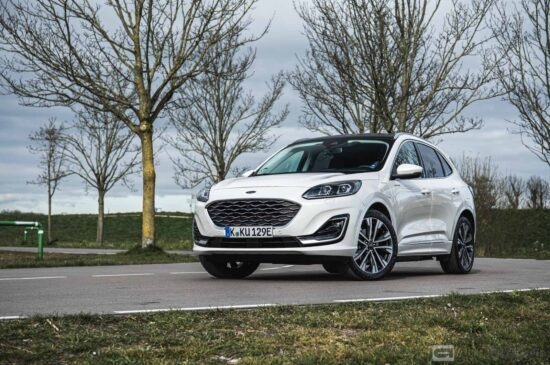 Ford Kuga PHEV 2020 rijtest en video
