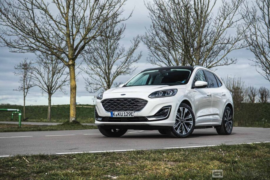 Ford Kuga PHEV 2020 rijtest en video