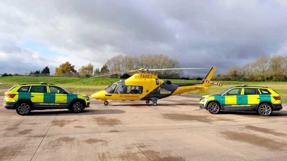Skoda Kodiaq RS ambulance met helikopter