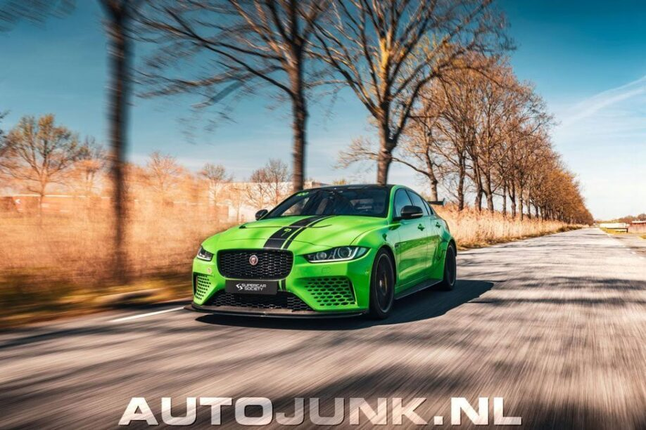 Jaguar XE Project 8 fotoshoot auto