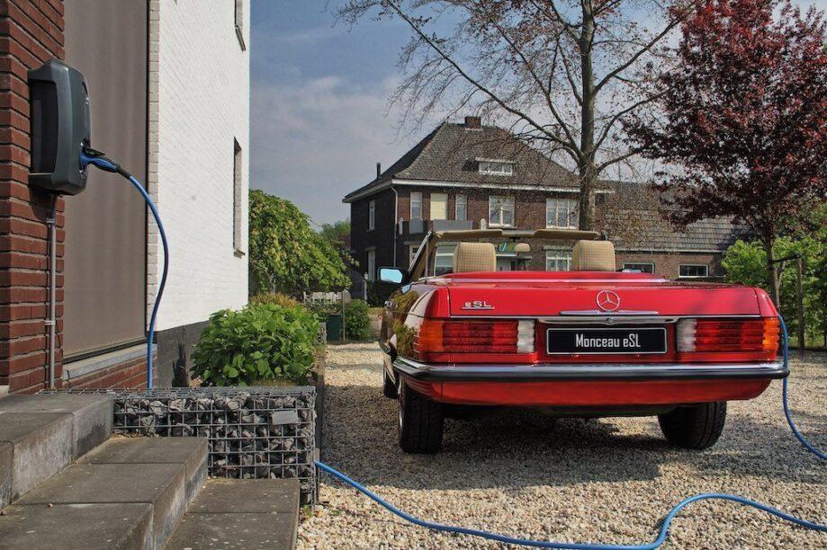 Mercedes SL elektrisch achterkant