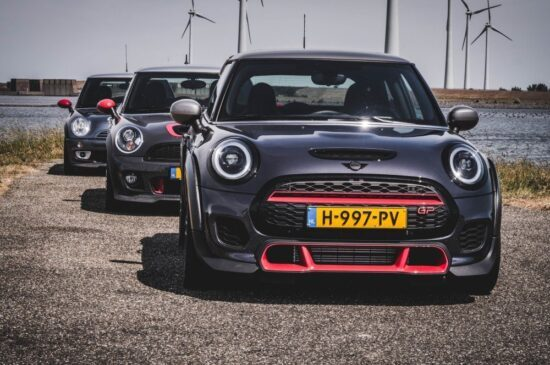 3 generaties MINI John Cooper Works GP