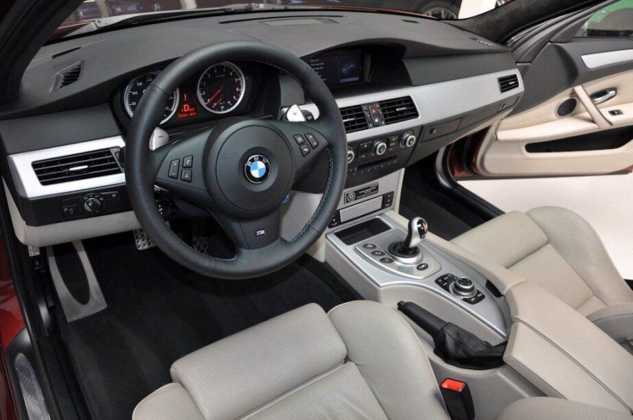 G-Power Hurricane RS interieur