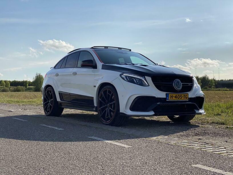 Mercedes-AMG GLE Mansory geparkeerd
