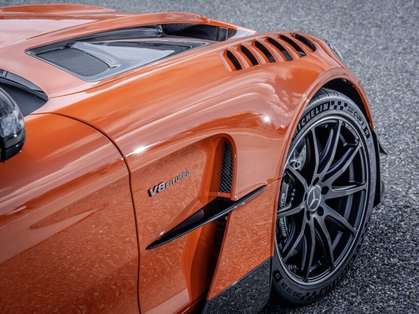 AMG GT Black Series - close up