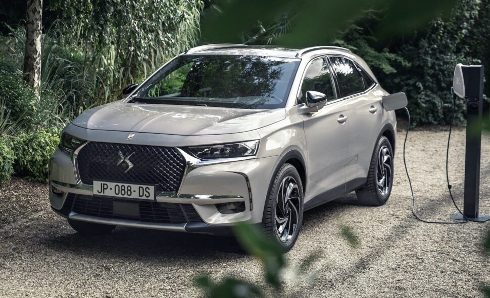 DS7 Crossback E-Tense 225