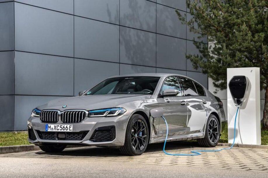 Stop met het laden van je nieuwe BMW plug-in hybride