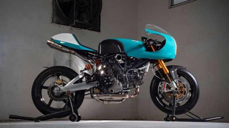 Ducati 1200SS zijkant