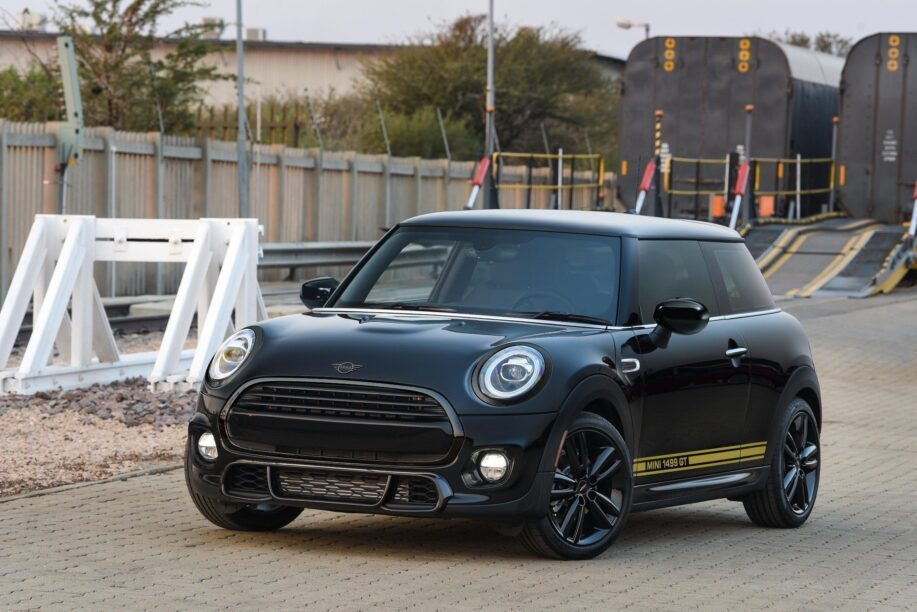 Front view of the Mini Cooper 1499 GT