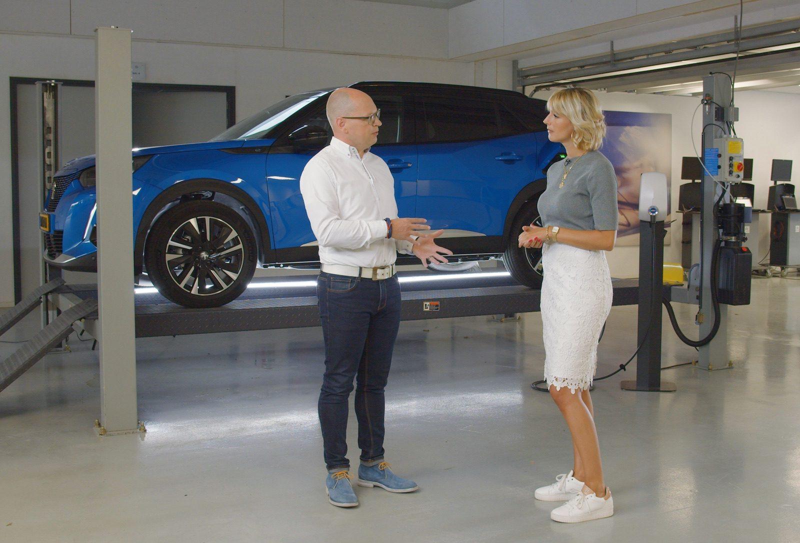 Opladen van een Elektrische Auto, Peugeot legt het uit!