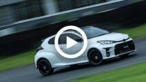 Video: Toyota Yaris GRMN gaat los