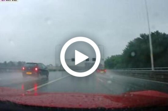 Video: Nederlandse dashcam compilatie vol bizarre beelden