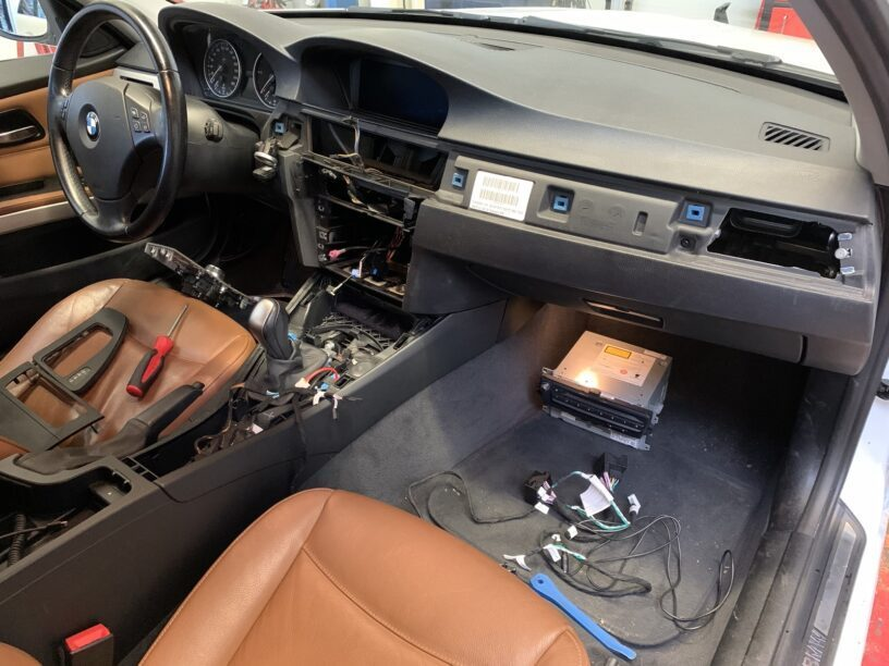 Apple CarPlay BMW E91