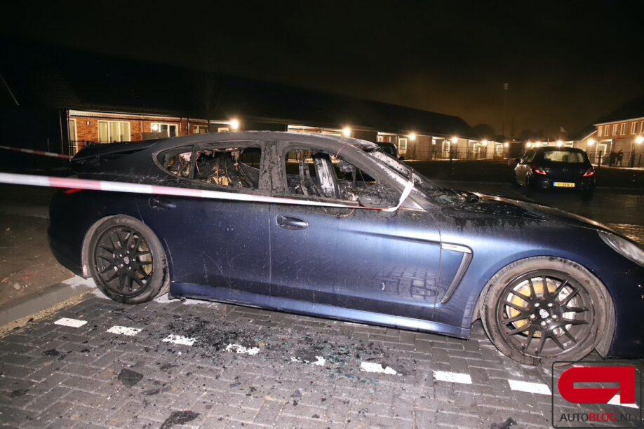 Porsche Panamera brand hangt een luchtje aan