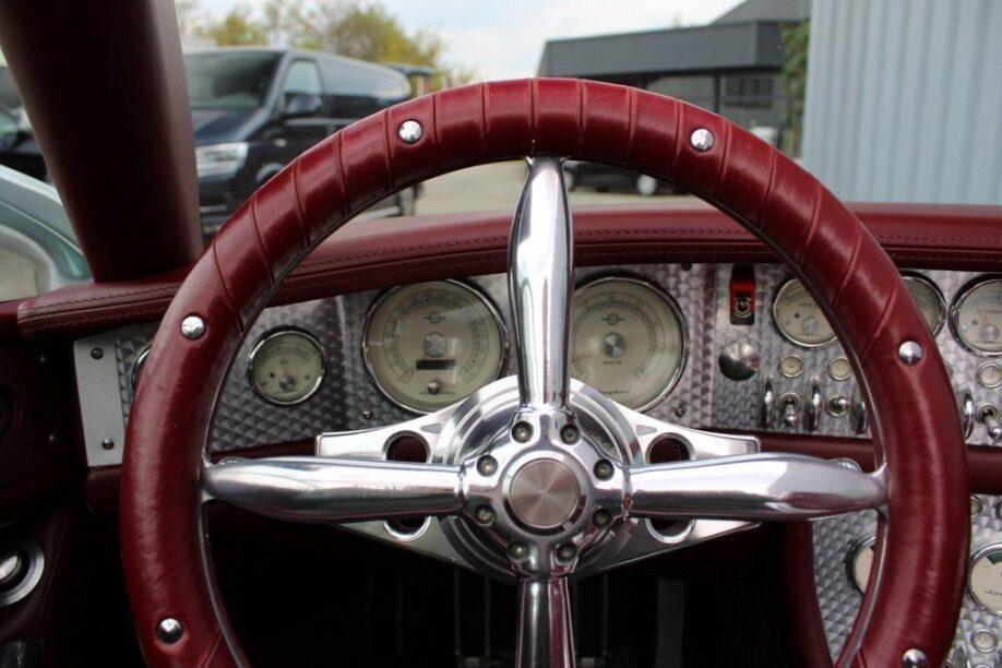 Spyker C8 Spyder uit de film War
