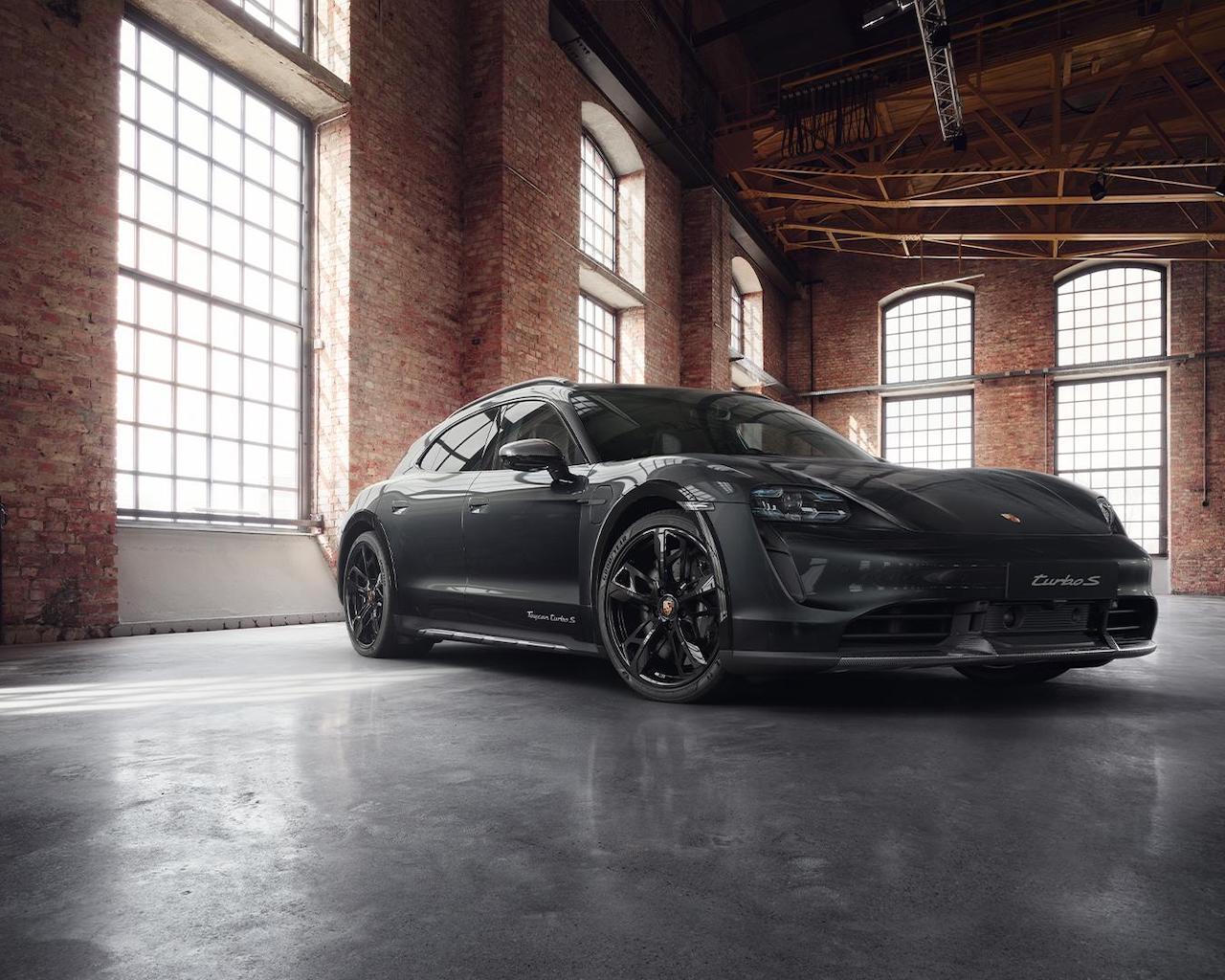 Porsche Exclusive Taycan
