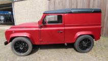Land Rover Defender verlaagd