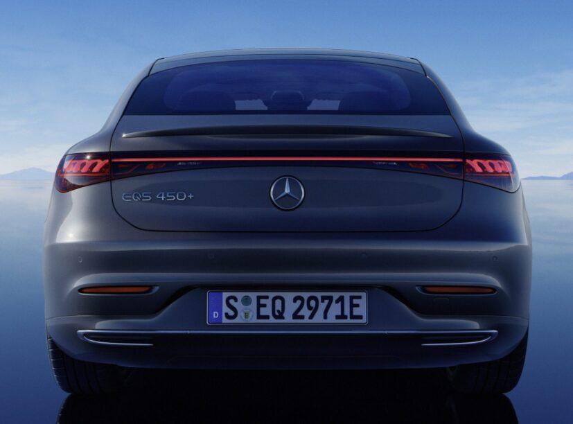 Vierwielbesturing kost bij Mercedes