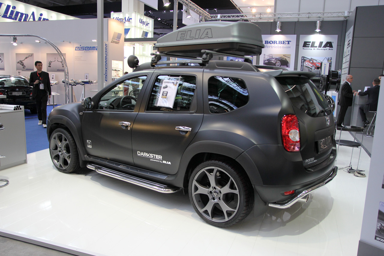 dacia duster aka elia darkster is ideale wintersportauto. Black Bedroom Furniture Sets. Home Design Ideas