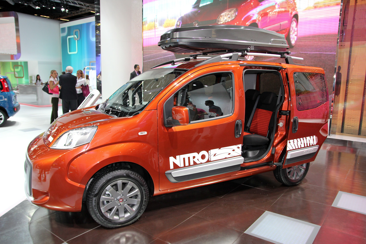 foto beurzen frankfurt 2011 fiat qubo trekking nitro qubo trekking 3247. Black Bedroom Furniture Sets. Home Design Ideas