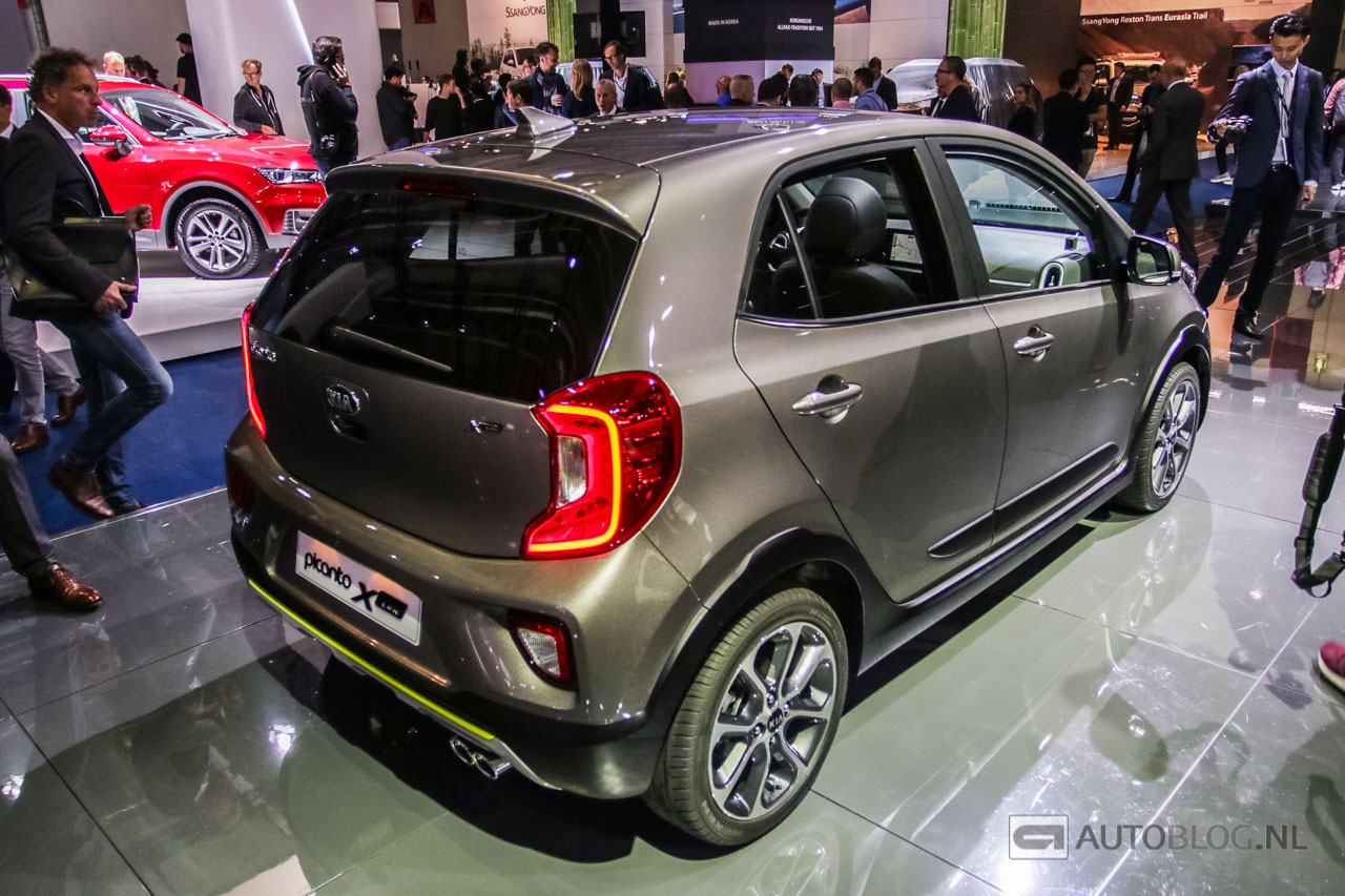 kia picanto x line is een mini suv. Black Bedroom Furniture Sets. Home Design Ideas