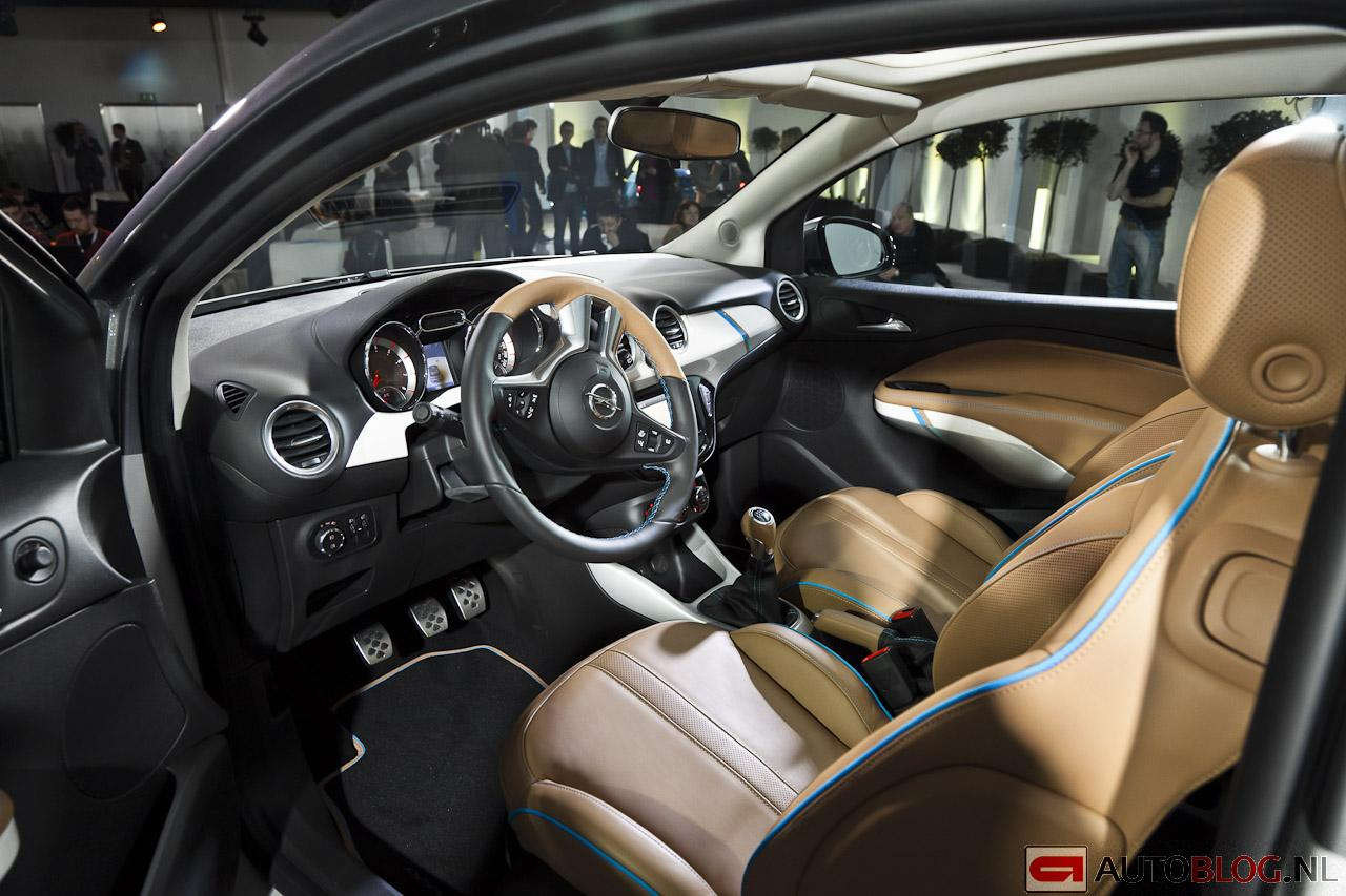 2013 opel adam rocks concept for Interieur opel adam