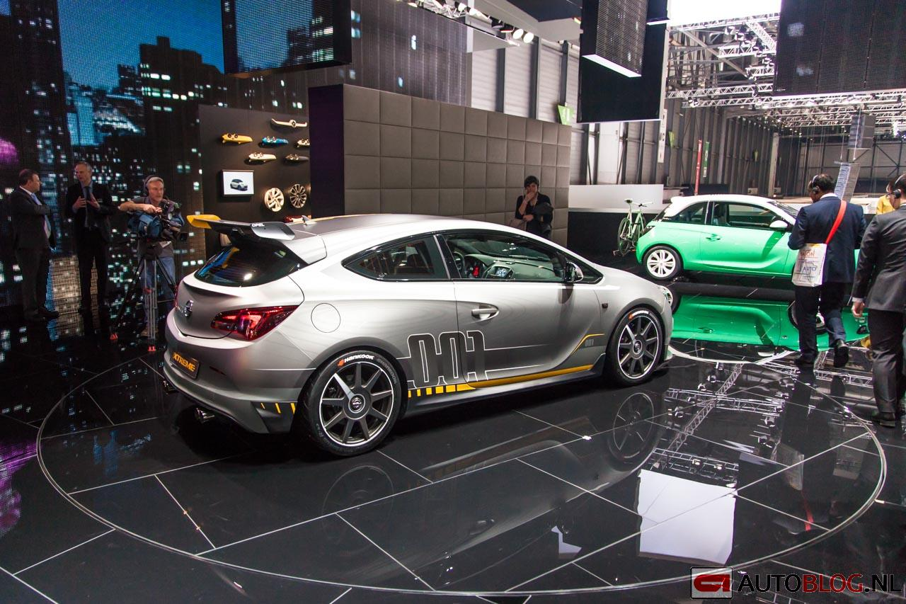 Opel astra opc extreme is geen mietje