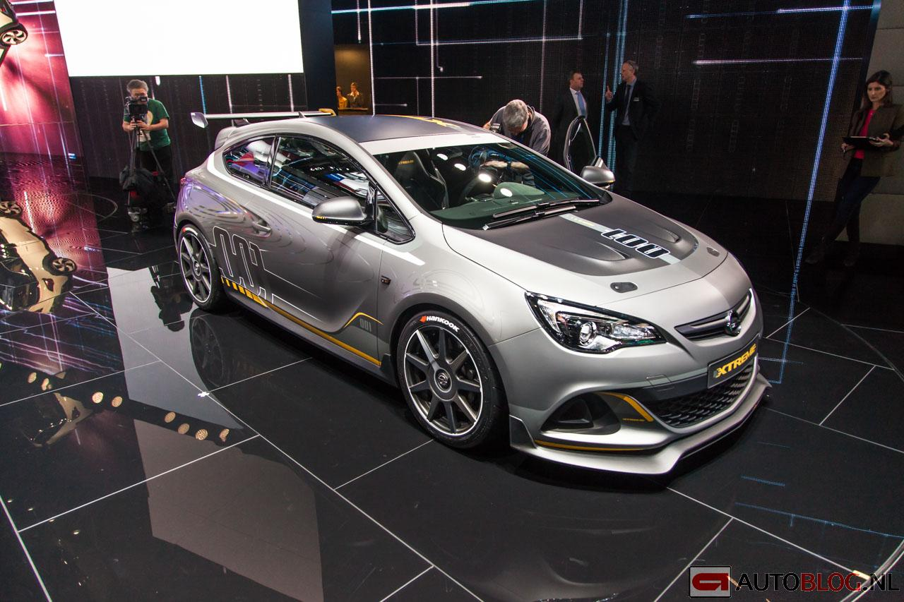 2010 Opel Astra OPC Extreme photo - 2