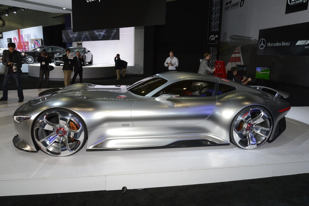 Mercedes amg vision gran turismo is een droomconcept for Mercedes benz vision