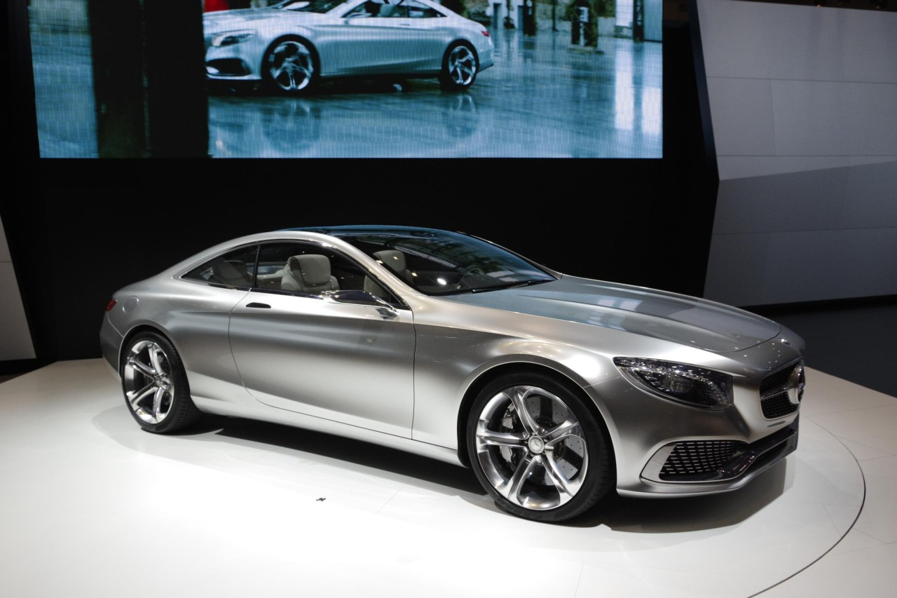 foto beurzen tokyo 2013 mercedes s klasse coupe concept mercedes s klasse coupe 02. Black Bedroom Furniture Sets. Home Design Ideas