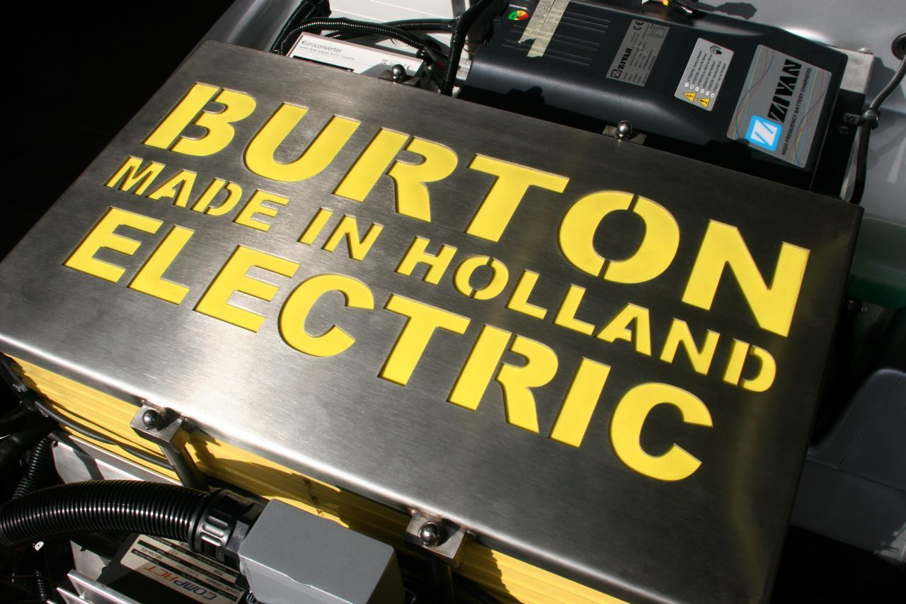 Foto divers burton electric burton electric 002 for Burton bmw mercedes benz