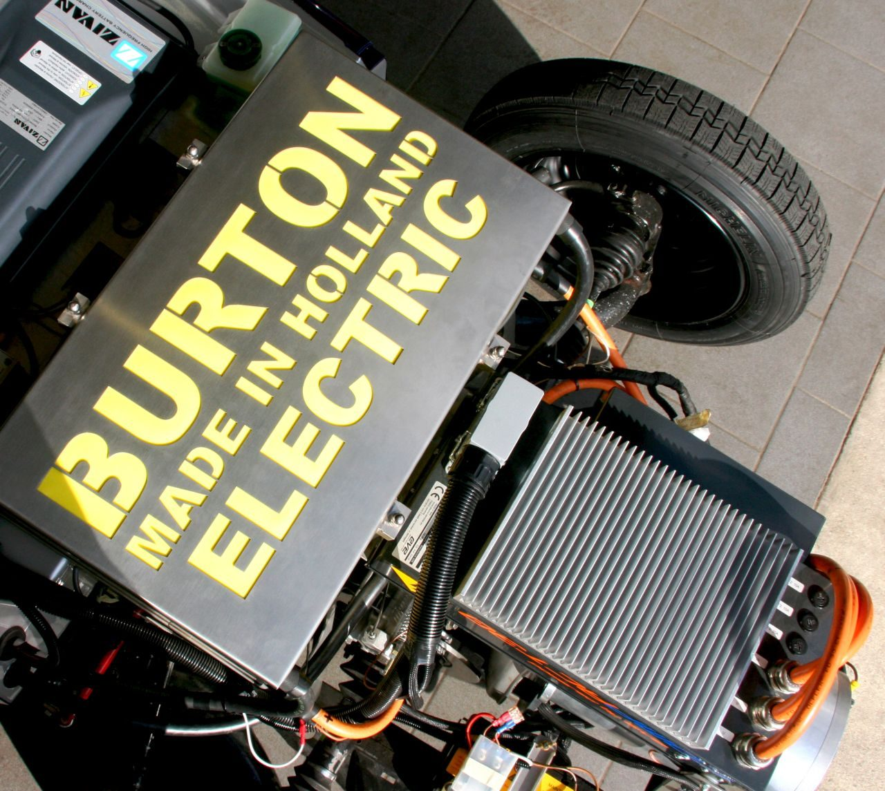 Divers burton electric afbeeldingen for Burton bmw mercedes benz