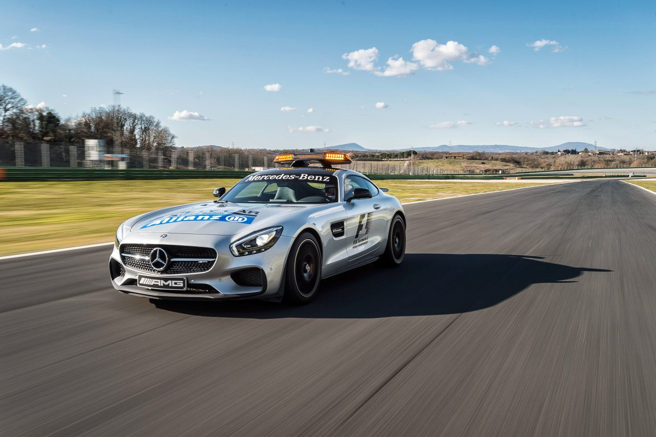 Racing mercedes amg gt s safety car f1 afbeeldingen for Mercedes benz f1 car