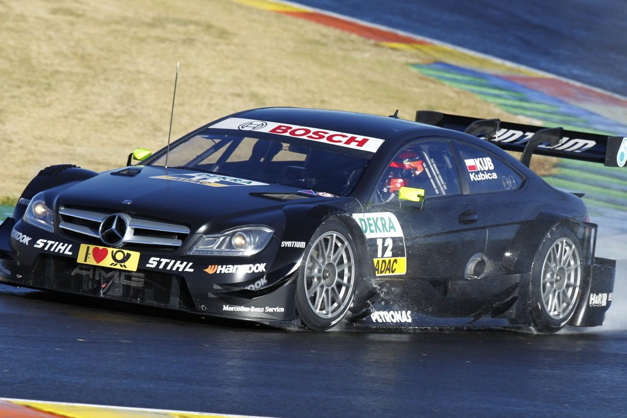 Robert kubica doet dtm test voor mercedes updated for Kubica cars