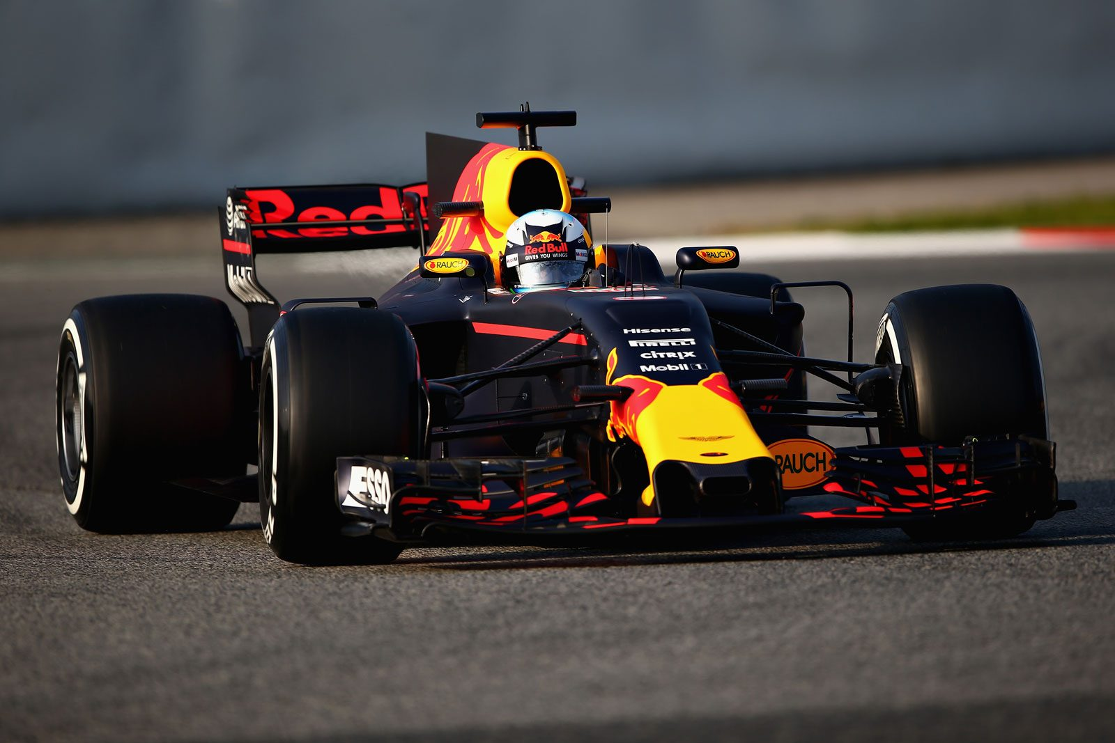 in detail de red bull rb13 in high res updated. Black Bedroom Furniture Sets. Home Design Ideas