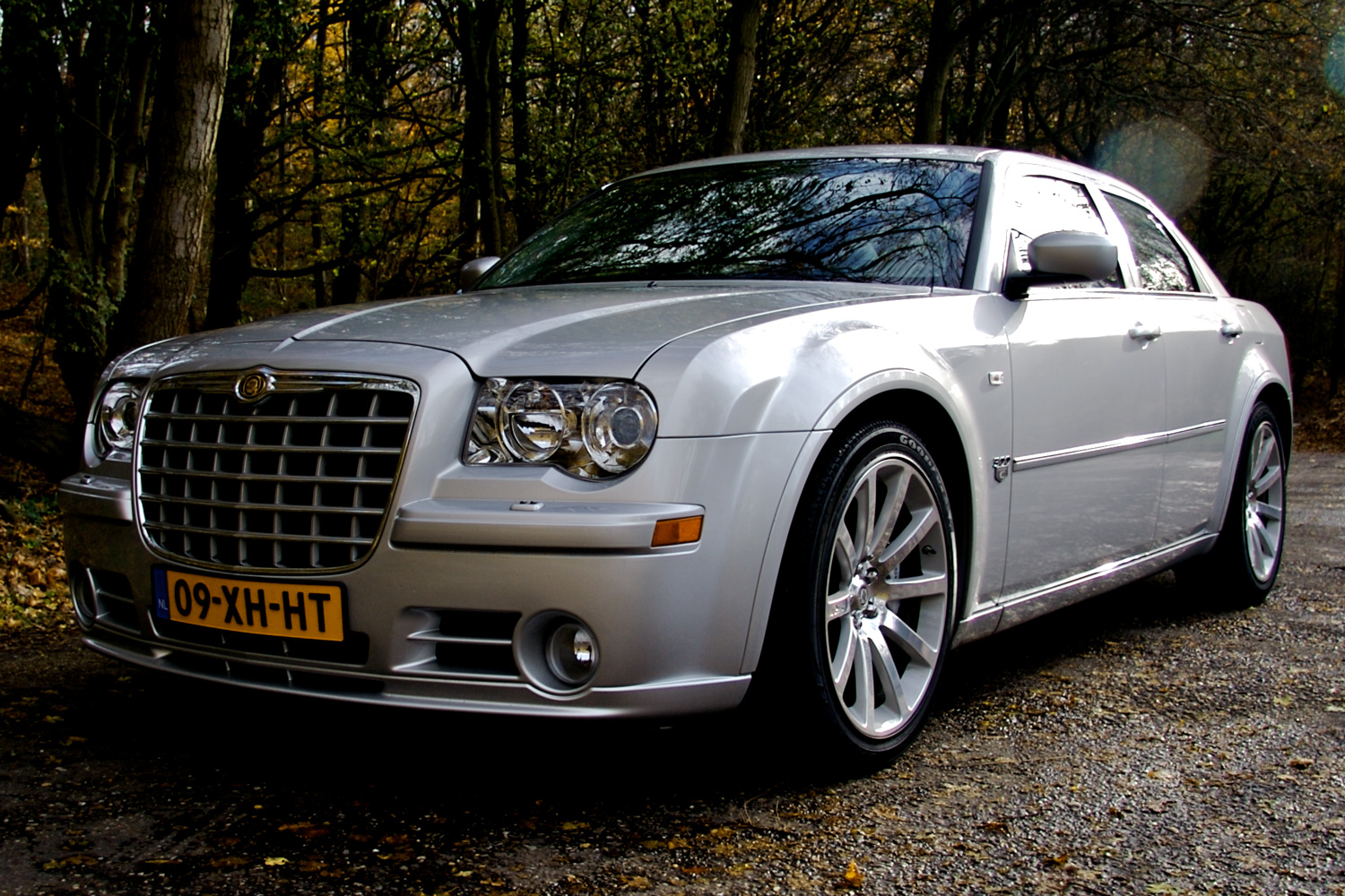 2004 chrysler 300c srt8 related infomation specifications weili automotive network. Black Bedroom Furniture Sets. Home Design Ideas