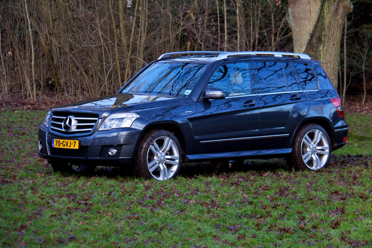 Foto reviews mercedes benz glk350 mercedes glk 350 02 for Mercedes benz glk 350 review