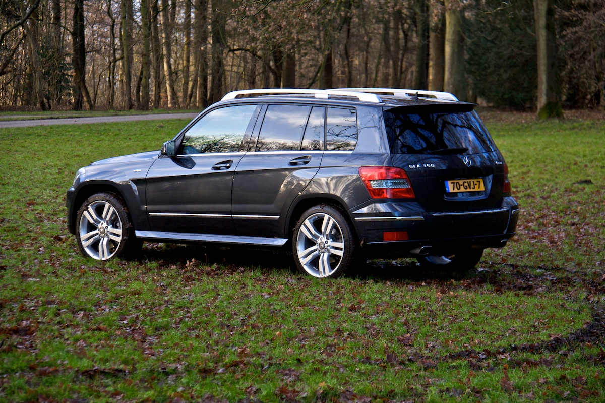 Foto reviews mercedes benz glk350 mercedes glk 350 08 for Mercedes benz glk 350 review