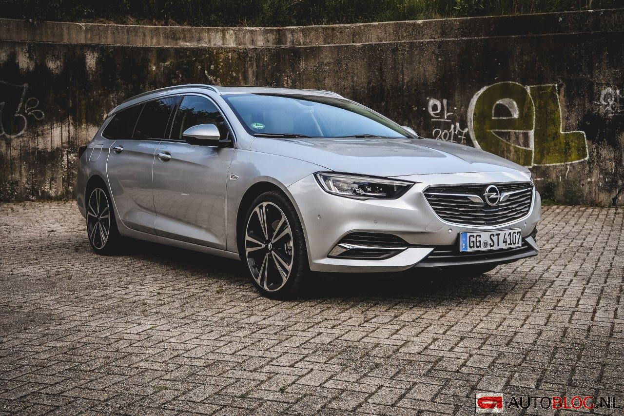 opel insignia sports tourer rijtest en video. Black Bedroom Furniture Sets. Home Design Ideas