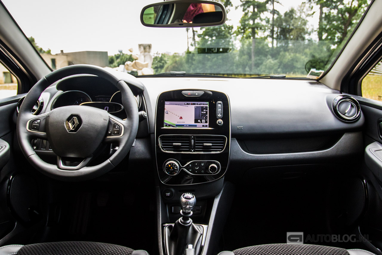 Renault clio en clio r s 2016 rijtest en video for Verification interieur exterieur clio 4