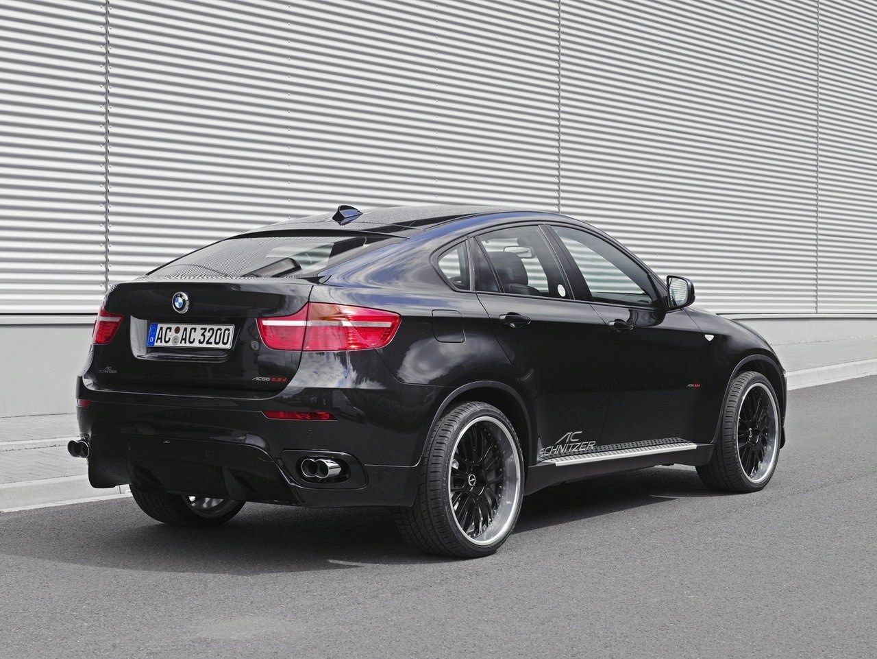 ac schnitzer geeft bmw x6 een beurt. Black Bedroom Furniture Sets. Home Design Ideas