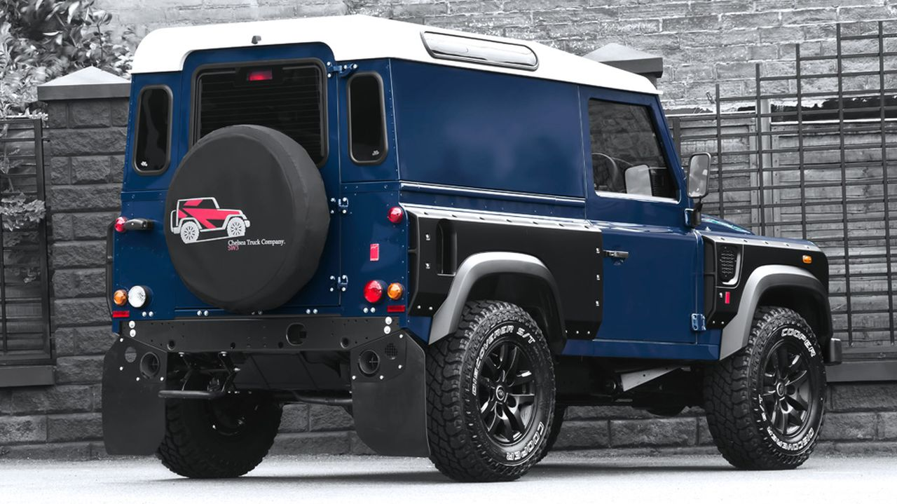 Foto Tuners Project Kahn Land Rover Defender Chelsea Wide