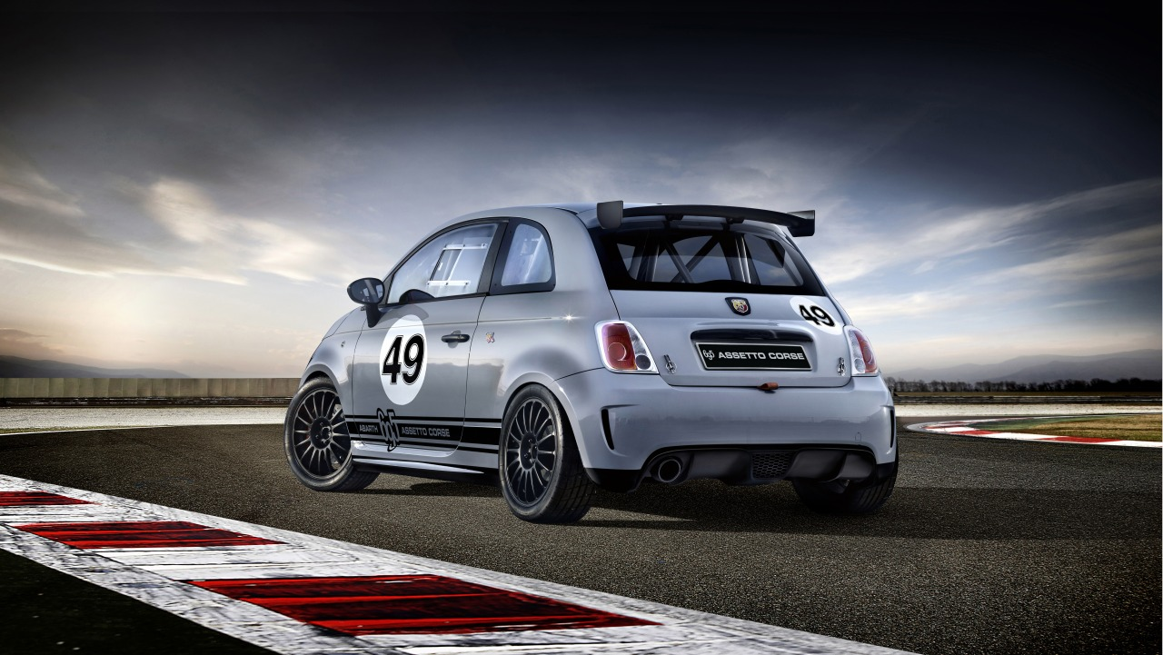 abarth 595 turismo competizione en meer. Black Bedroom Furniture Sets. Home Design Ideas